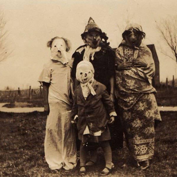 Nork esan du Halloween euskal ohitura zaharra ez denik?